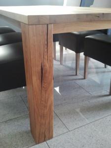 Massivholztisch aus Eiche von der Tischlerei Richardt aus Kleinenbroich