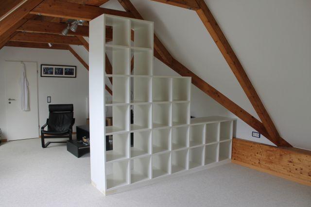 Bücherregal als Raumteiler von der Tischlerei Richardt